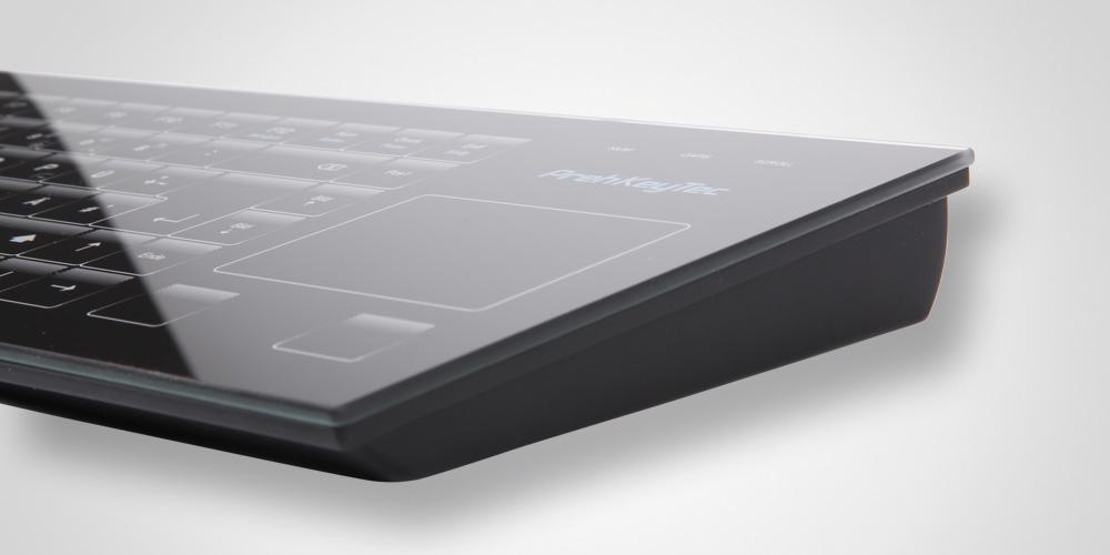 GIK 2700 Die Tastatur mit Glasoberfläche
